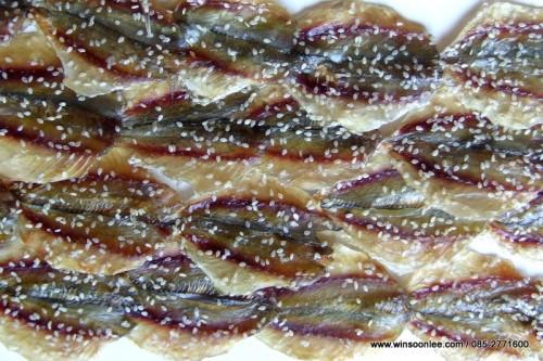 Dried Yellowstripe Trevally ( W, W/O Sesame)
